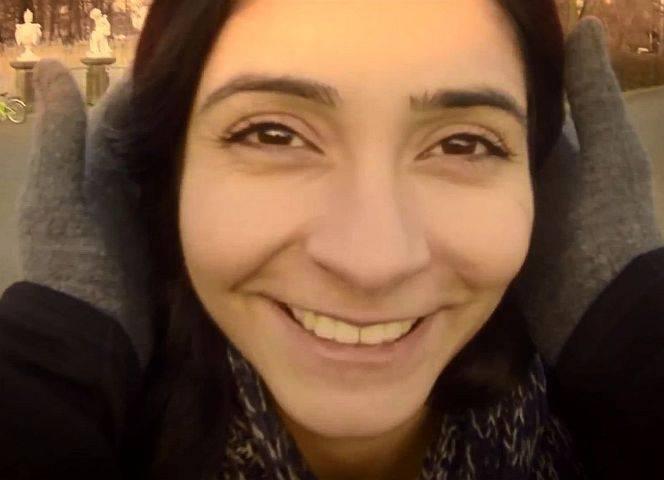 "Pegah Ferydoni im Video zum Song ""Behesht"" (Himmel)."