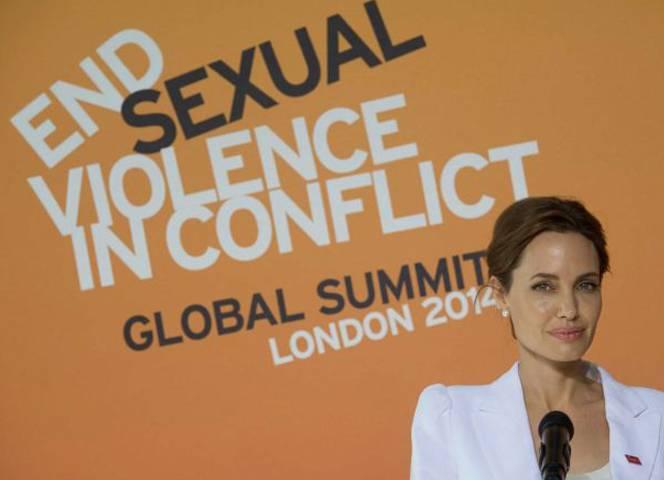 Angelina Jolie kämpft für Frauenrechte.