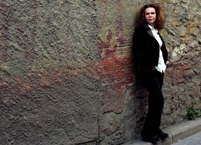 Krimi-Autorin Esmahan Aykol