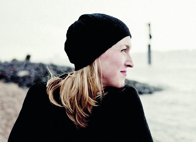 Anna Franz schaut in eine Zukunft ohne eigenes Kind. Und sie ist glücklich damit. - Foto: Annemone Taake