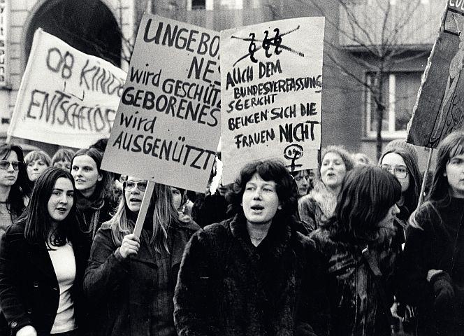 Frauendemo gegen Abtreibung 1975 - Foto: Abisag Tüllmann