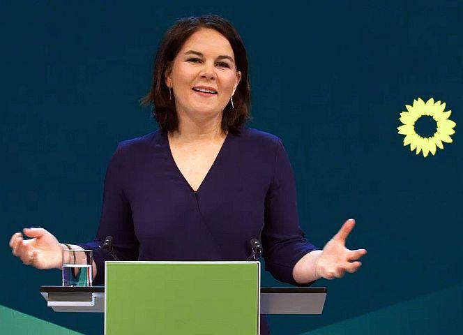 KanzlerInnen-Kandidatin Annalena Baerbock. - Foto: Sepp Spiegl/IMAGO