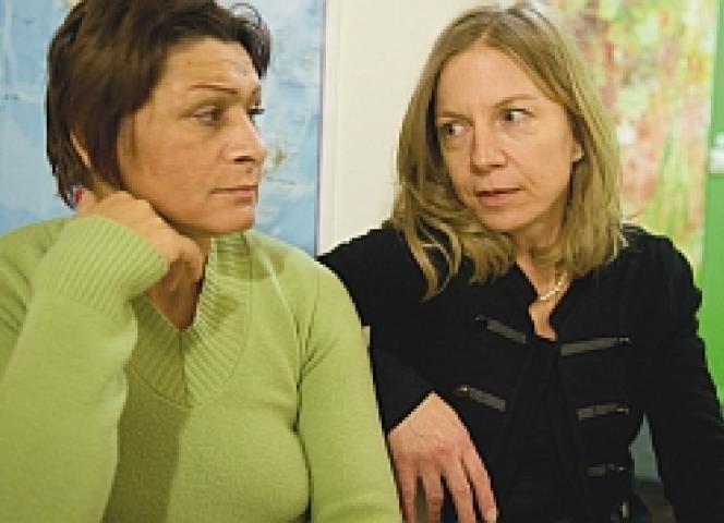 """Sabine Constabel bei der Arbeit im """"La Strada"""" in Stuttgart."""