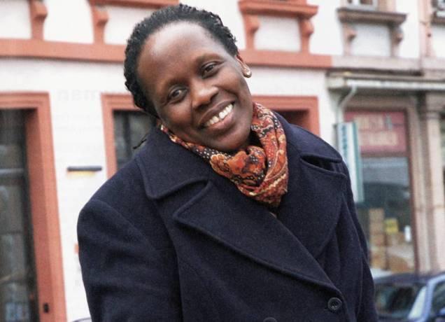 Therapeutin Esther Mujawajo. Foto: Bettina Flitner