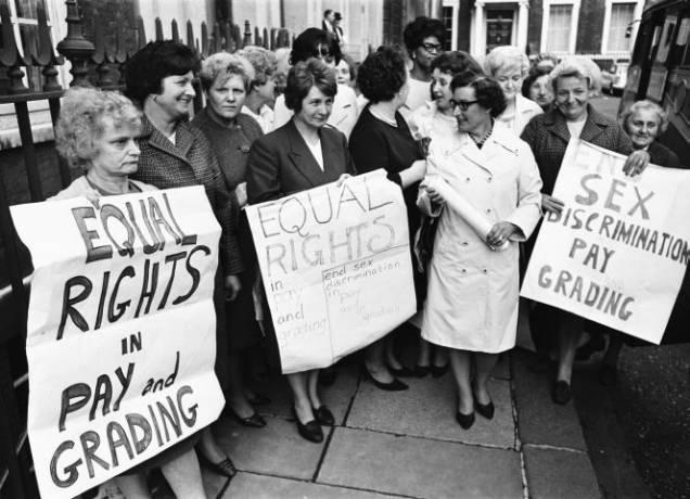 1968: Die Arbeiterinnen von Ford demonstrieren für gleichen Lohn.