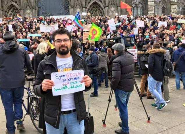 Ein Syrer auf der Frauendemo in Köln. - Foto: Facebook