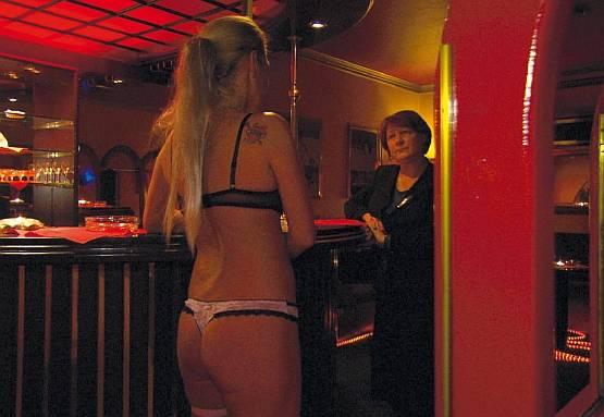 rumänische prostituierte in deutschland frauen hinten