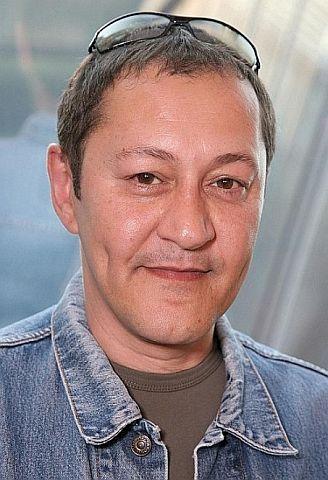 """Akif Pirinçci (""""Felidae"""") fühlte sich angesprochen und antwortete der """"Lieben ehemalige Nutte Tanja Rahm""""."""