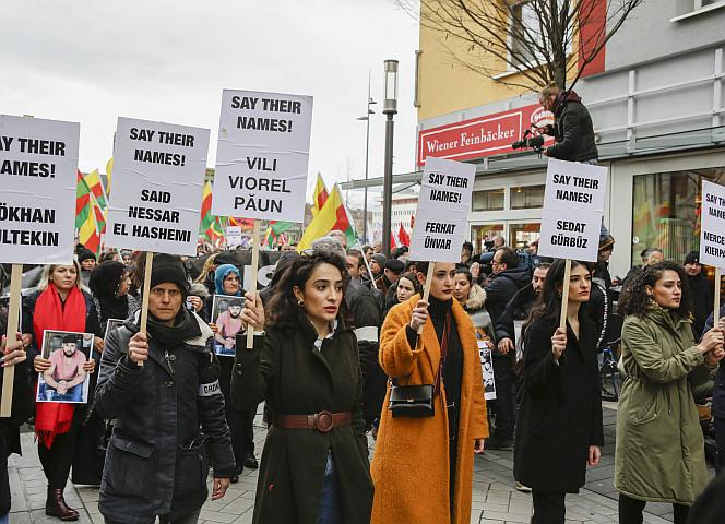 Hanau: Warum kondoliert Merkel Erdogan?